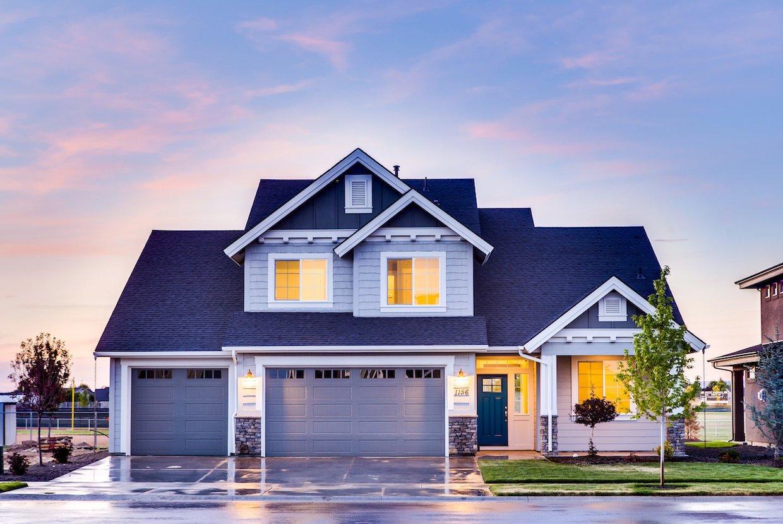 2019%2f12%2f18%2f16%2f50%2f48%2fd250d79a 6fae 4524 84d9 6c3e41dc276e%2farchitecture house window roof building home 1179393 pxhere.com