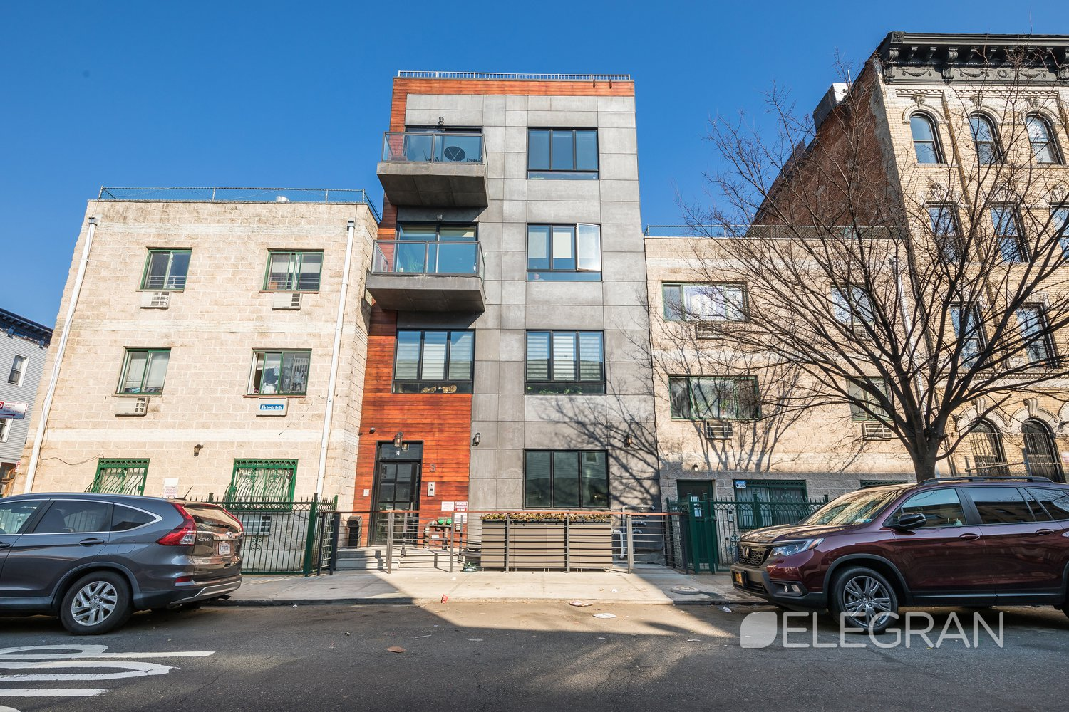 Apartment for sale at 3 Ridgewood Place, Apt 3